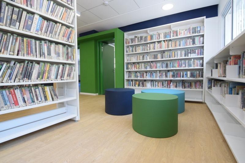 Coated foam, library, gecoat schuim, gecoatschuim, furniture, meubels